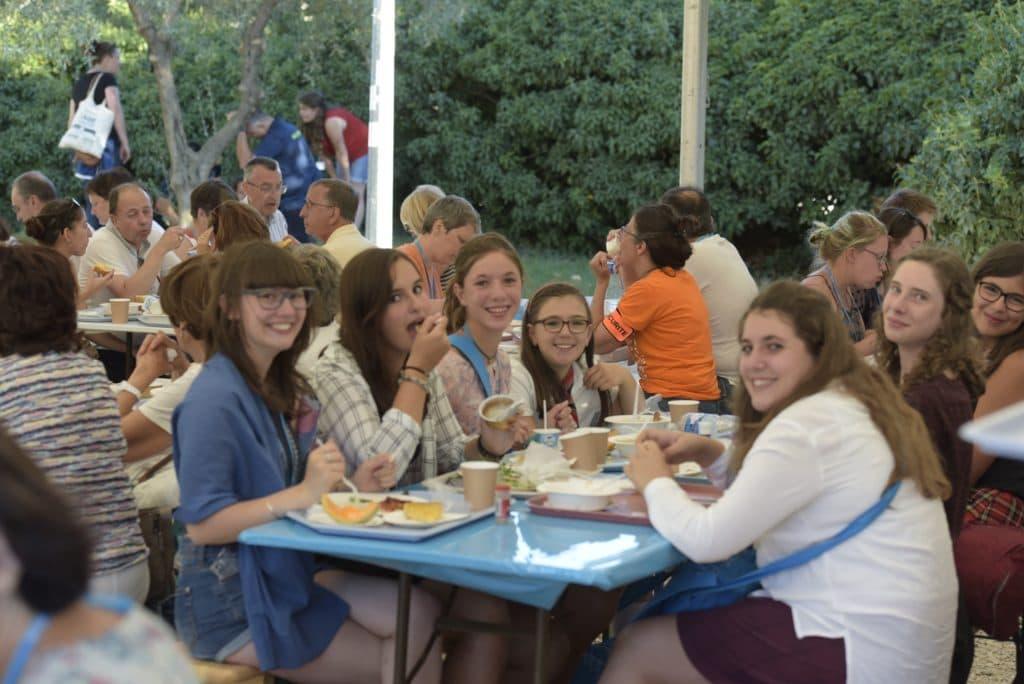 FESTIVALIERS_JeunesRestaurant
